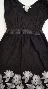 Studio M. Linen/ Cotton Embroidery  Dress